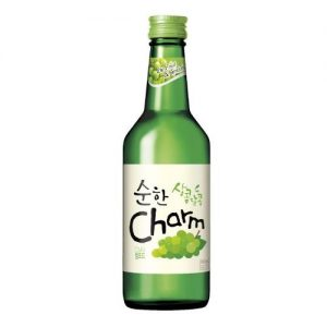 8801030996484/CHARM GREEN GRAPE Flavor  Korean Soju 360ML 韩国超水配制青葡萄味烧酒